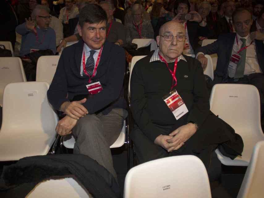 Manuel Pimentel y Antonio Cartagena Ruiz durante el 42º Congreso de UGT ( Union general de trabajadores) en Madrid.