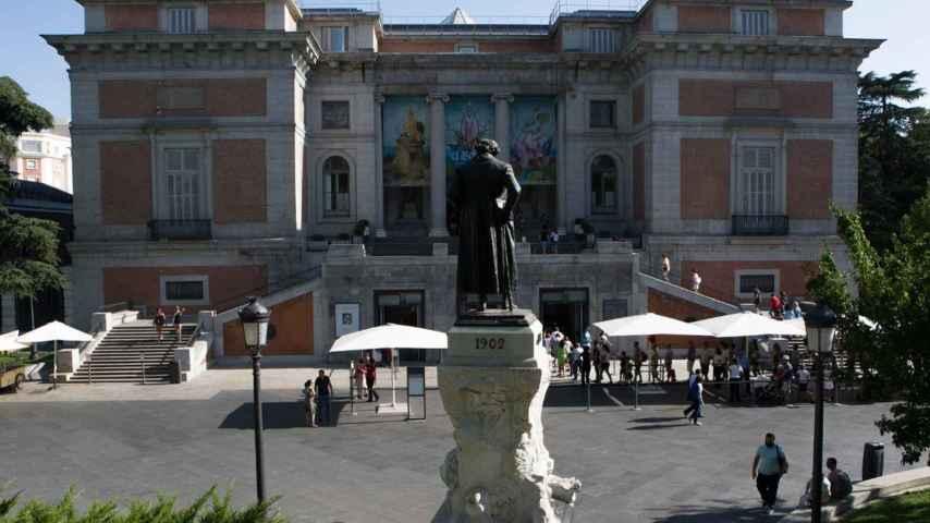 Fachada norte del Museo del Prado, entrada Goya, donde ha aparecido la grieta.