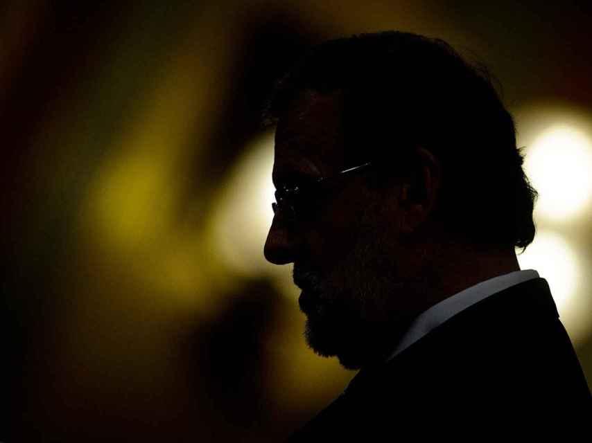Rajoy, durante una de las réplicas de la sesión./ Dani Pozo