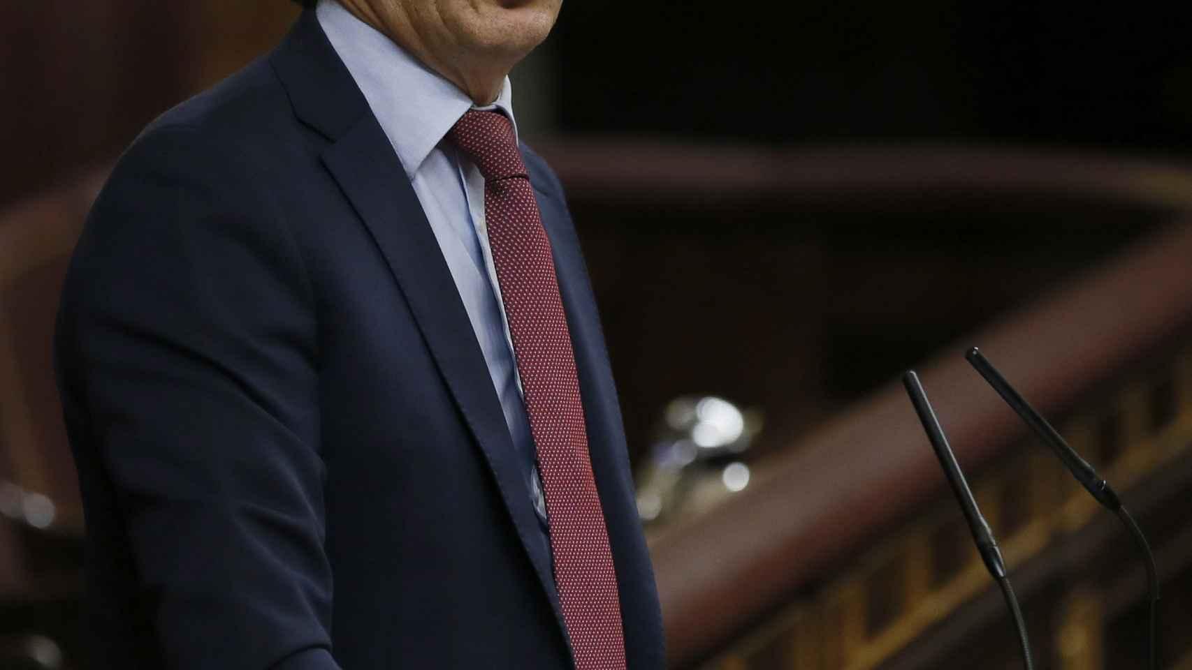 Hernando durante la sesión de investidura de Rajoy