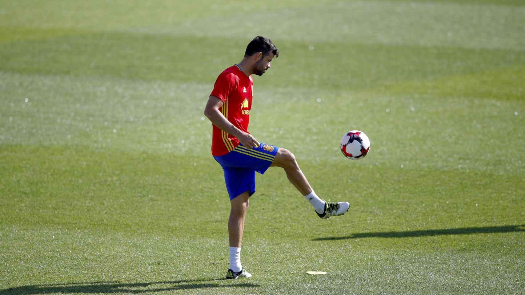 Diego Costa en un entrenamiento con la selección.