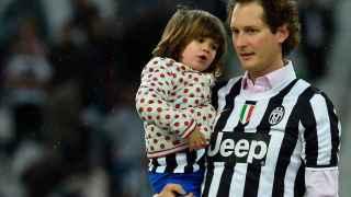 El presidente de Fiat Chysker, John Elkann, antes de un partido de la Juventus.