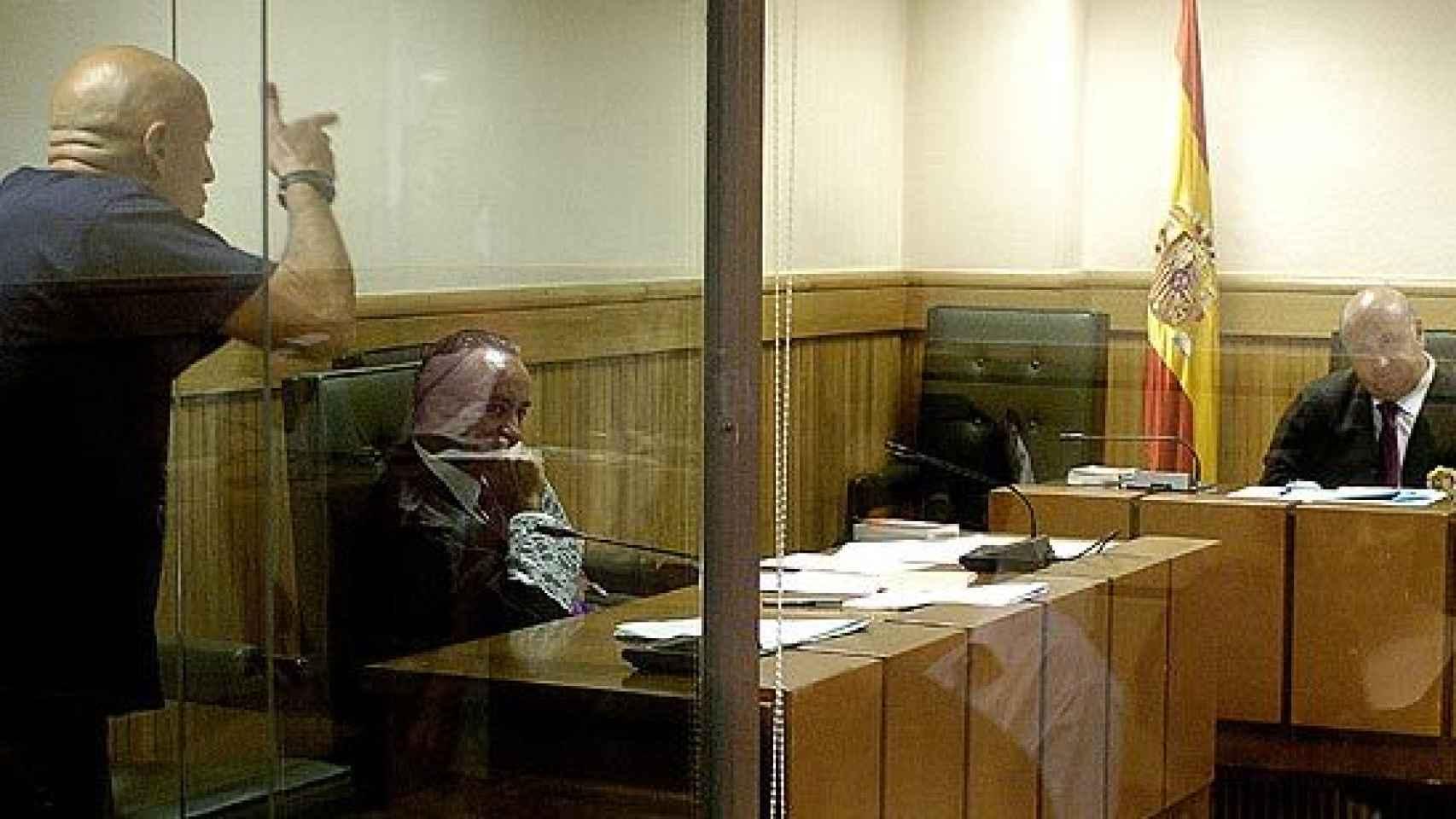 Iñaki Bilbao Goikoetxea profiriendo amenazas de muerte al magistrado que lo juzgaba.