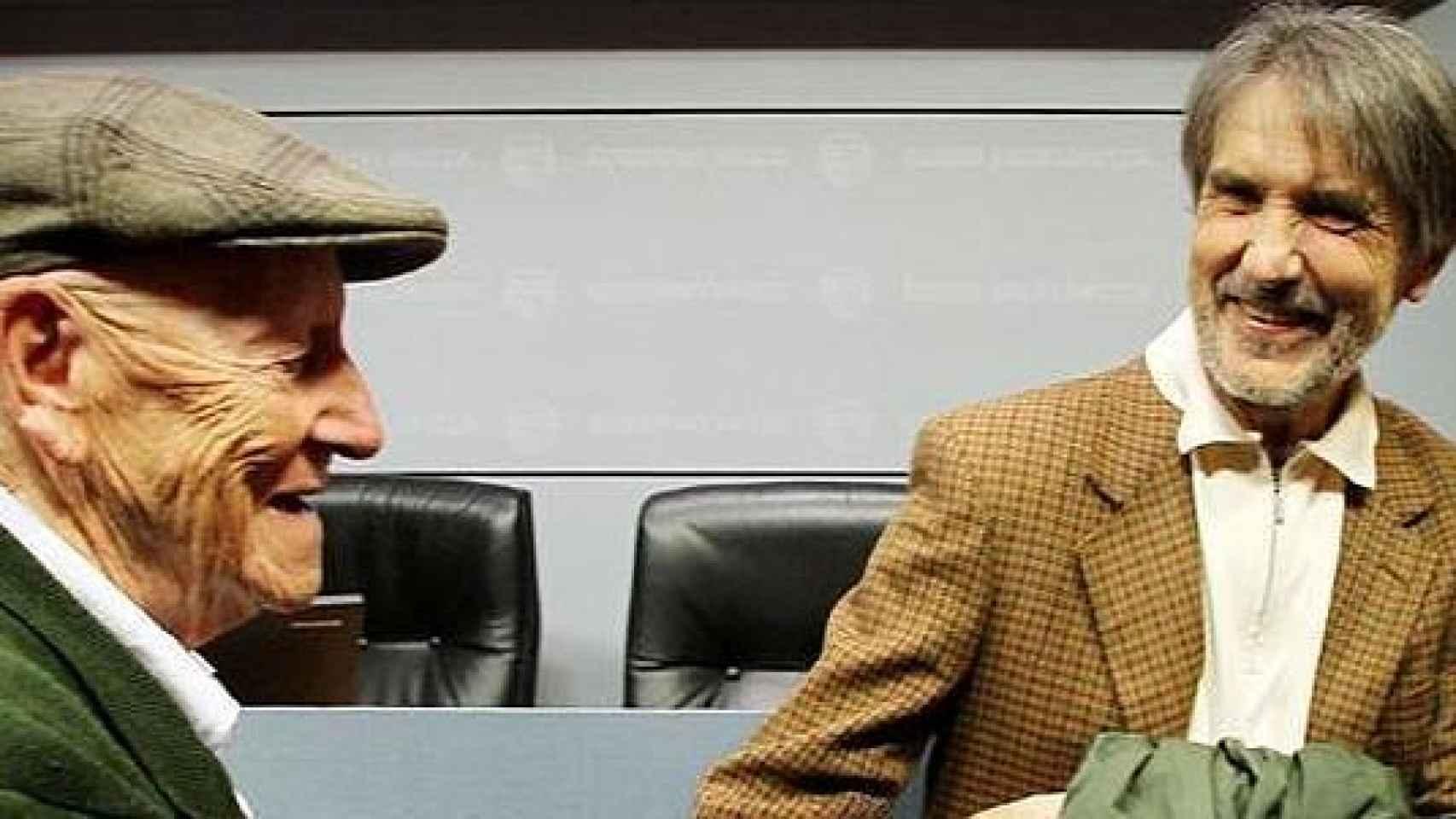 Ramiro Pinilla junto con Ramon Saizarbitoria, en una imagen de archivo.