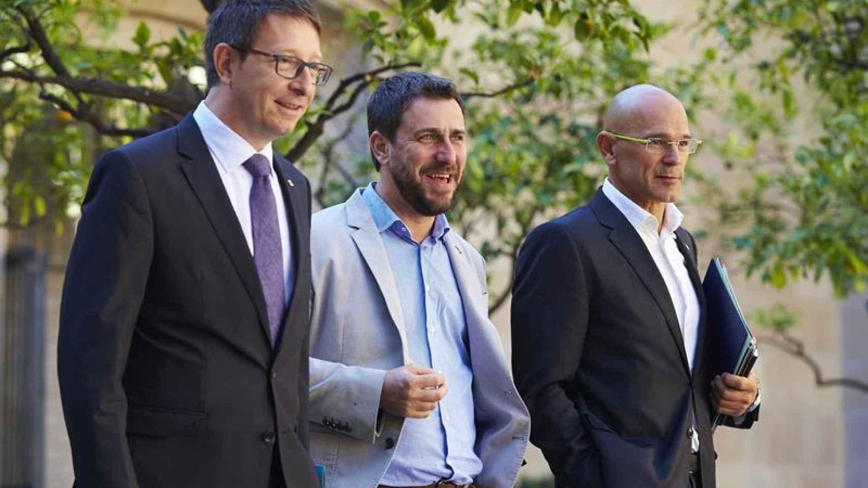Los consellers Mundó, Comín y Romeva, el martes en Barcelona
