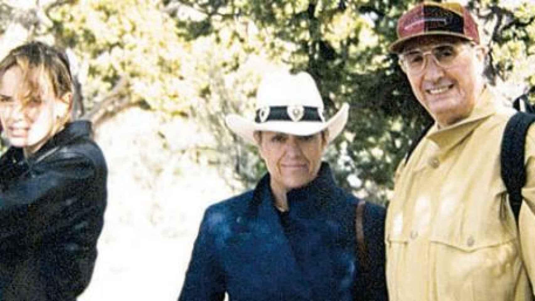 Fotografía antigua de la pareja Cordón Muro y su hija Raquel.
