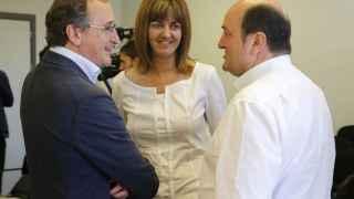 Los candidatos Mendia (PSE), Alonso (PP) y el nacionalista Ortuzar.