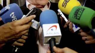 Alcalde pide dimisión inmediata de Barberá y que acabe el blindaje de Rajoy