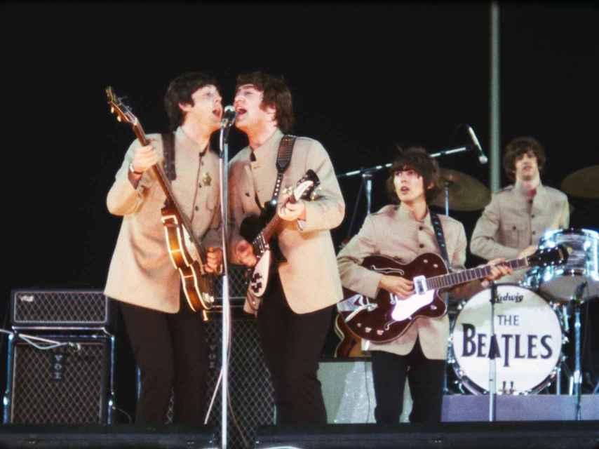 Fotograma del documental de The Beatles.