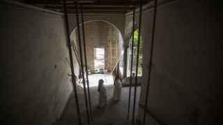 Monjas en la diáspora,  el exilio por un convento en ruinas