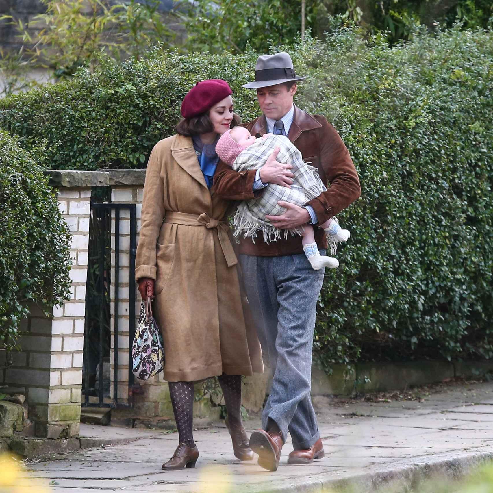 Marion Cotillard y Brad Pitt durante una escena de la película Aliados