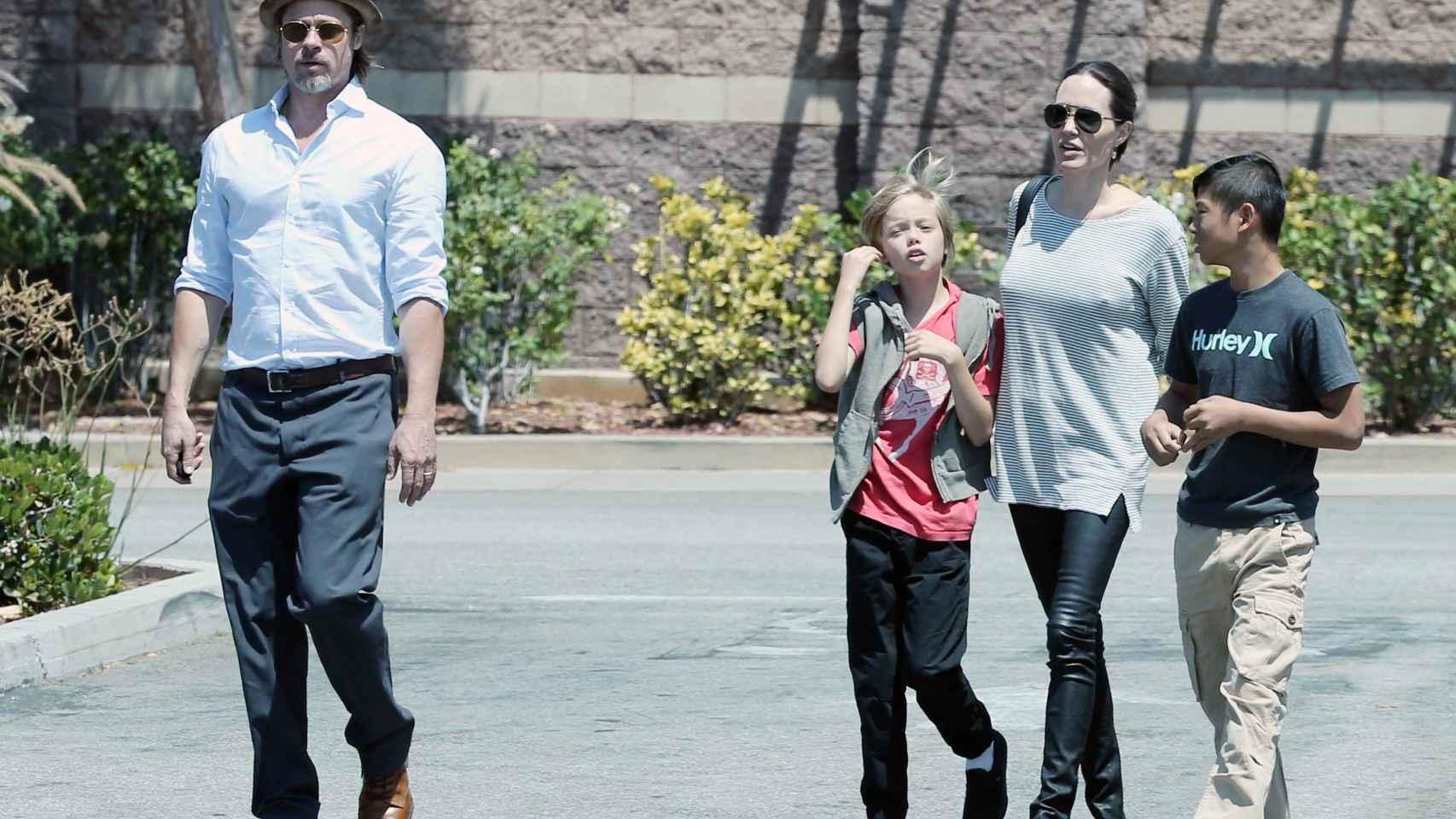La vida de Angelina Jolie en imágenes