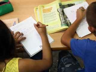 La CEAPA lanza una nueva campaña contra los deberes escolares