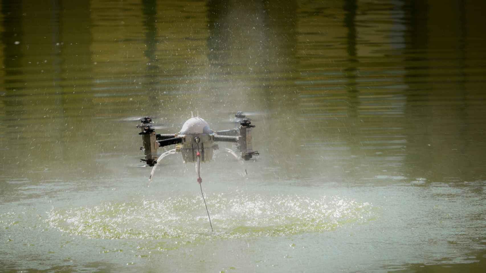 Uno de los drones presentados en la Feria.