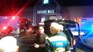 Tres muertos y un herido grave en un tiroteo en un centro comercial en Washington (EEUU)