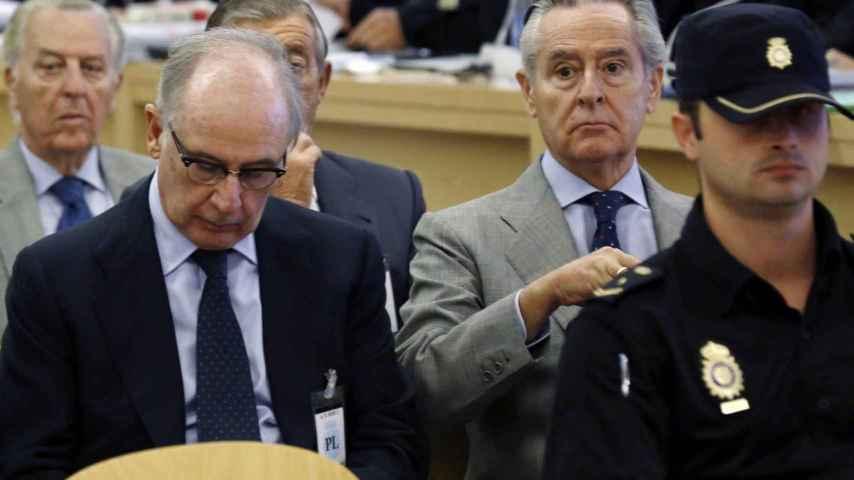 Los expresidentes de Caja Madrid Rodrigo Rato y Miguel Blesa, durante el juicio.