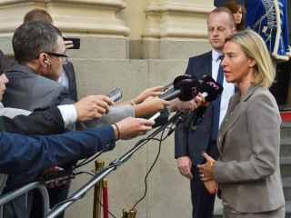 Mogherini niega que su plan sea crear un Ejército europeo