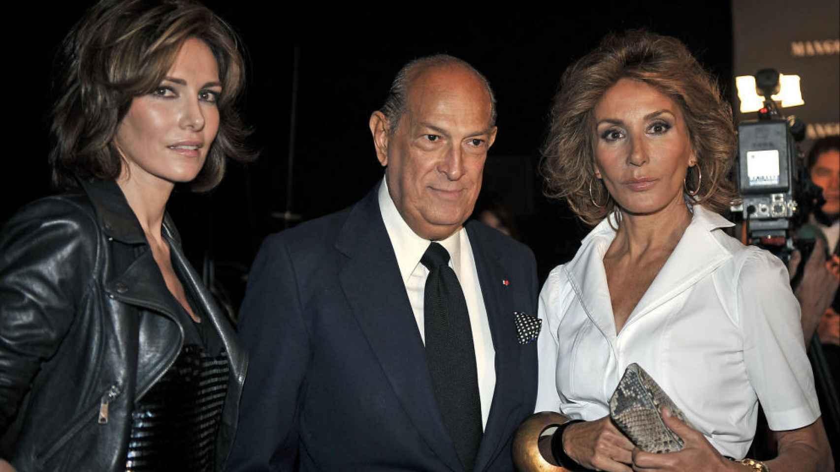 Con Óscar de la Renta y Adriana Abascal