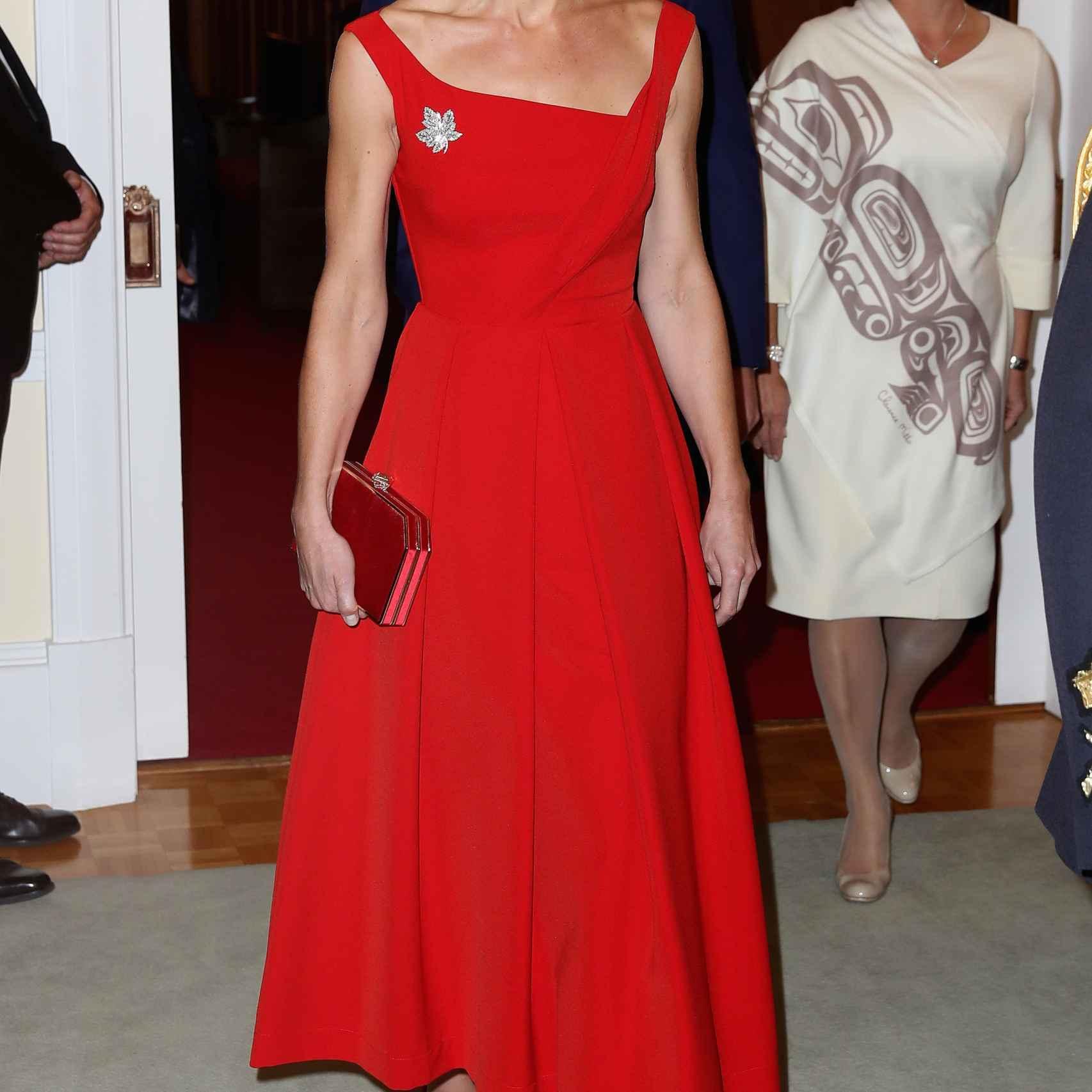 La duquesa de Cambridge deslumbró en su cena de gala en Canadá.