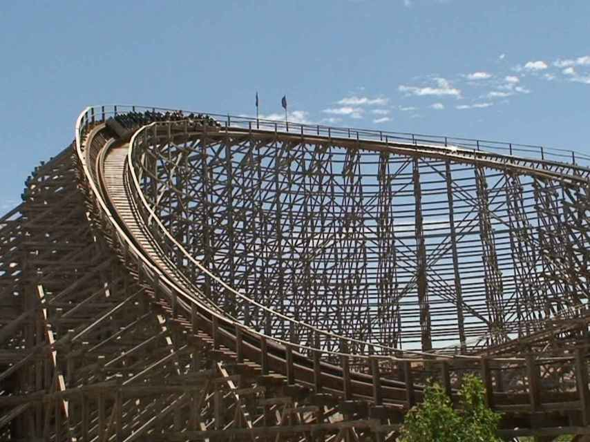 La montaña rusa Coaster Express del Parque Warner, Madrid.