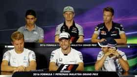 Algunos pilotos de F1 en la rueda de prensa previa al GP de Malasia.