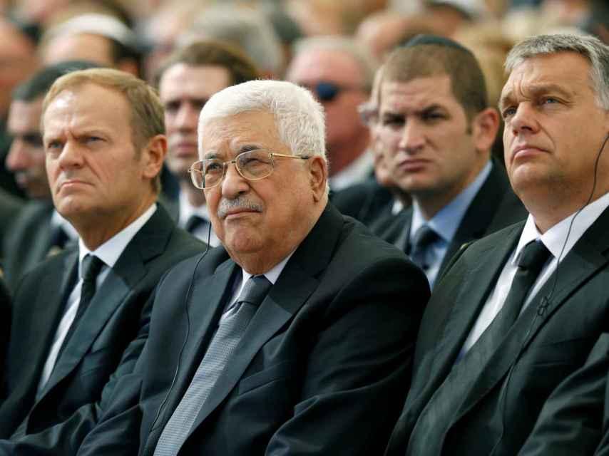Abas ha presentado sus respetos al líder fallecido.
