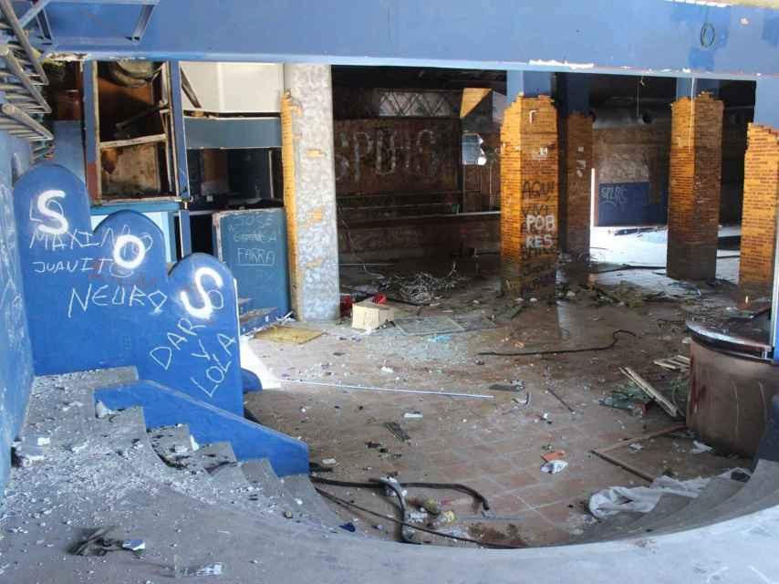 La discoteca Chocolate, de Sueca, fue una de las más emblemáticas de la Ruta. Ahora está abandonada.