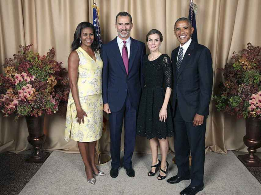 Los reyes con el matrimonio Obama durante su encuentro.