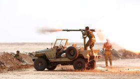Miembros de la organización chiíta Badr durante el asalto a Mosul.