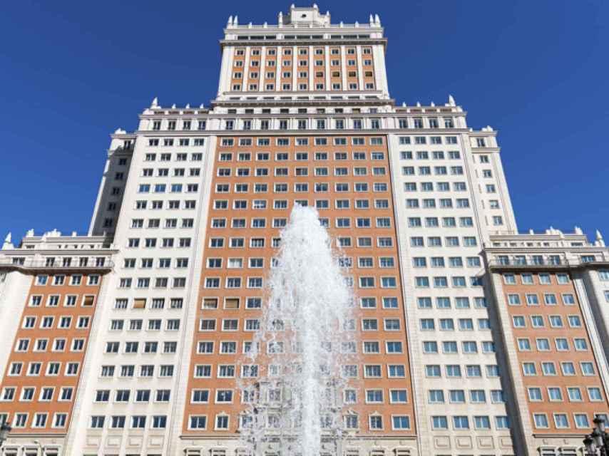 Vista del Edificio España, comprado en junio por Trinitario Casanova.