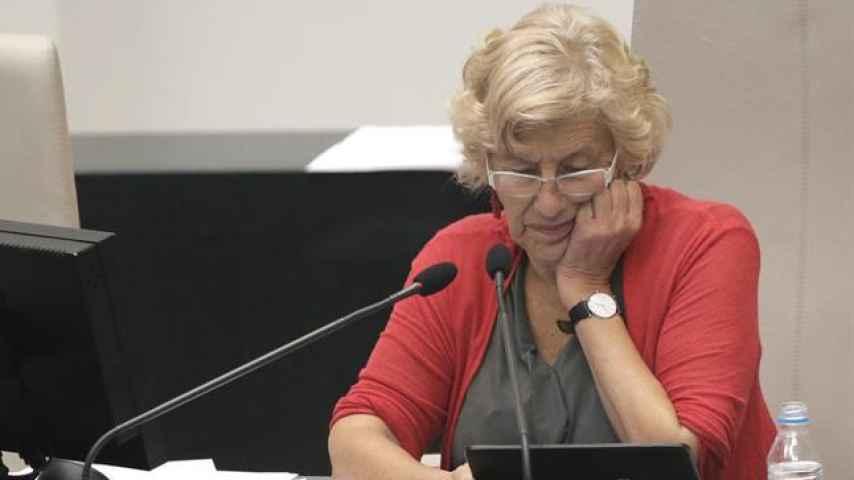 Manuela Carmena, durante un pleno del Ayuntamiento de Madrid.