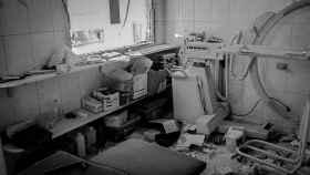 Así quedó la sala de un hospital del este de Alepo bombardeado el 23 de julio de 2016.