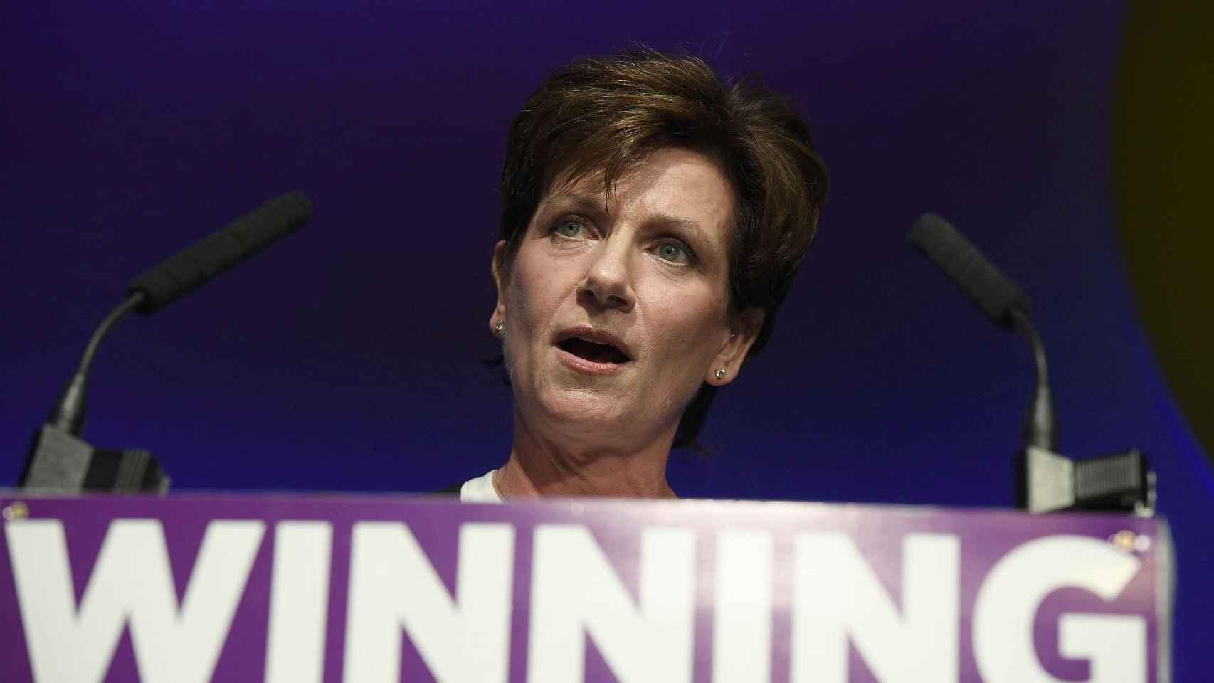 Diane James, ex líder del UKIP tras la dimisión de Nigel Farage por el éxito del brexit.