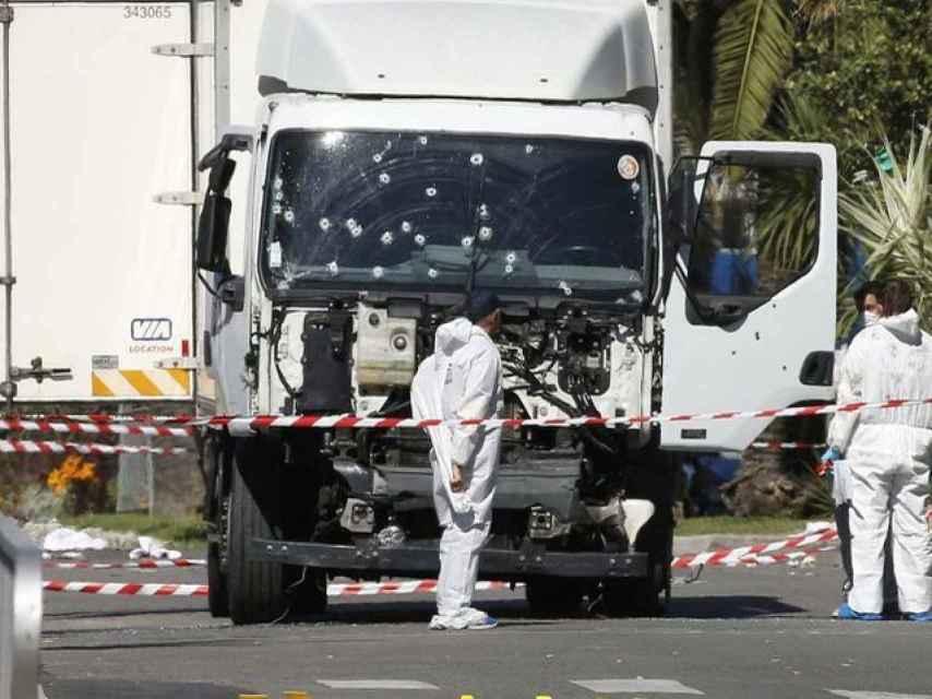 El autor del atentado de Niza contactó con extremistas al menos un año antes.