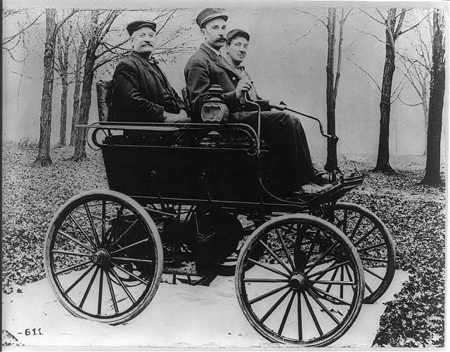 Un Oldsmobile de 1897.
