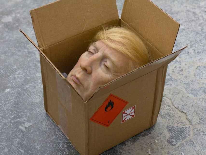 Donald Trump decapitado, por Eugenio Merino.