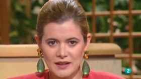 La doctora Elena Ochoa, en 1990, con su programa Hablemos de sexo.