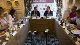 Gabino Diego (IMF Business School) y John Müller (EL ESPAÑOL) durante el debate.