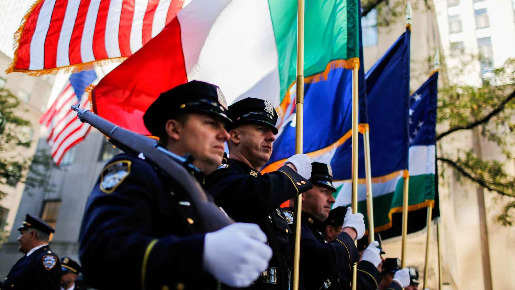 Nueva York acogió su desfile por el Día de Colón el lunes.