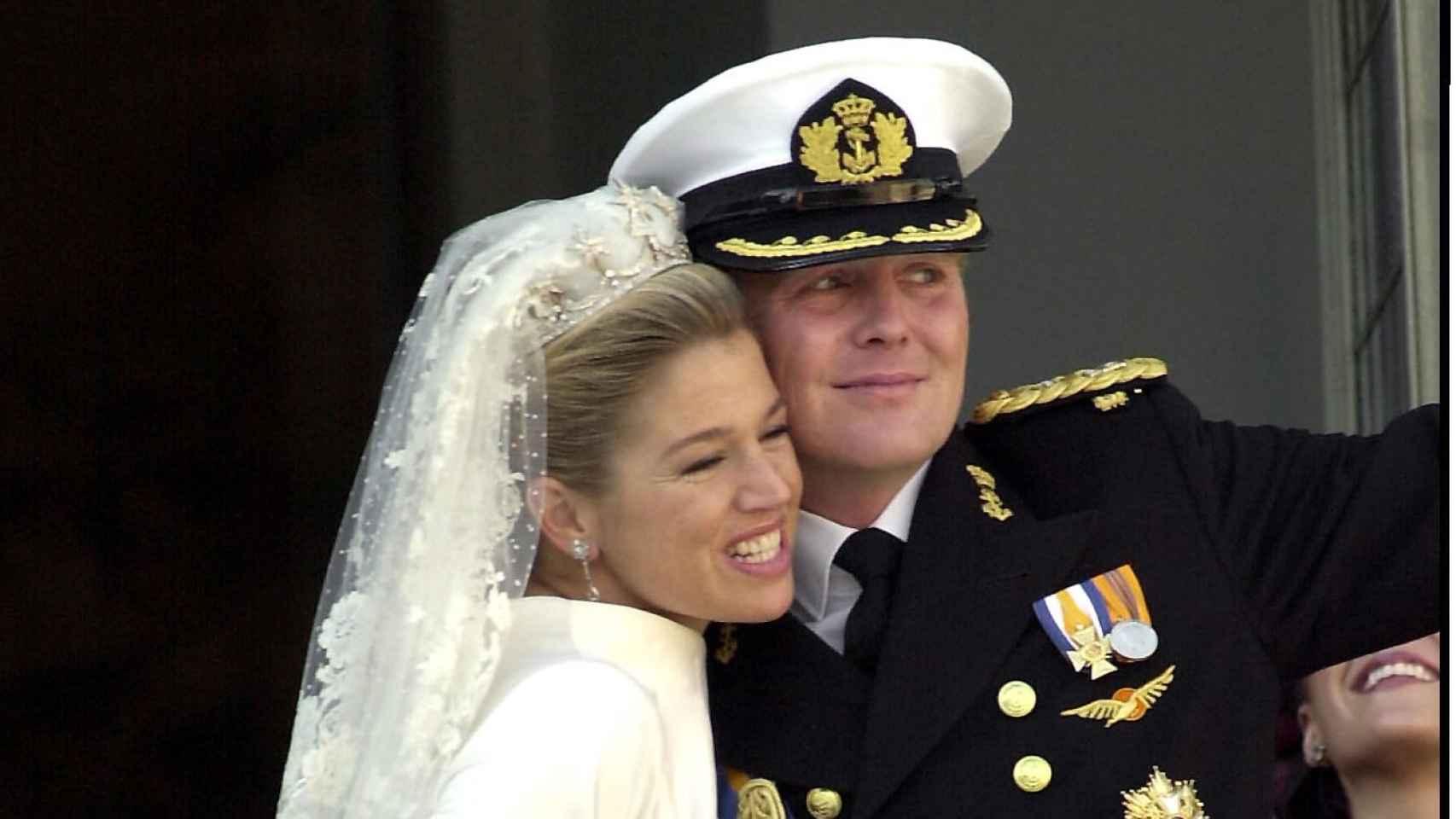 Los actuales reyes de los Países Bajos, durante su boda en 2002.