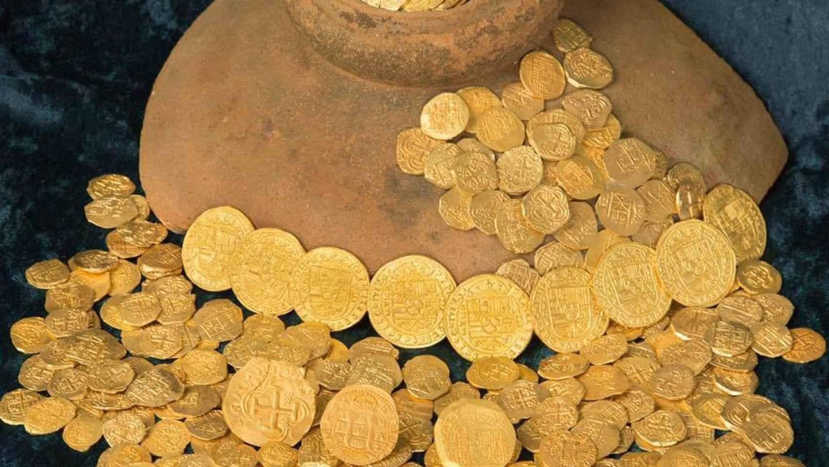 Monedas de oro sacadas de la Flota 1715 hace un año.