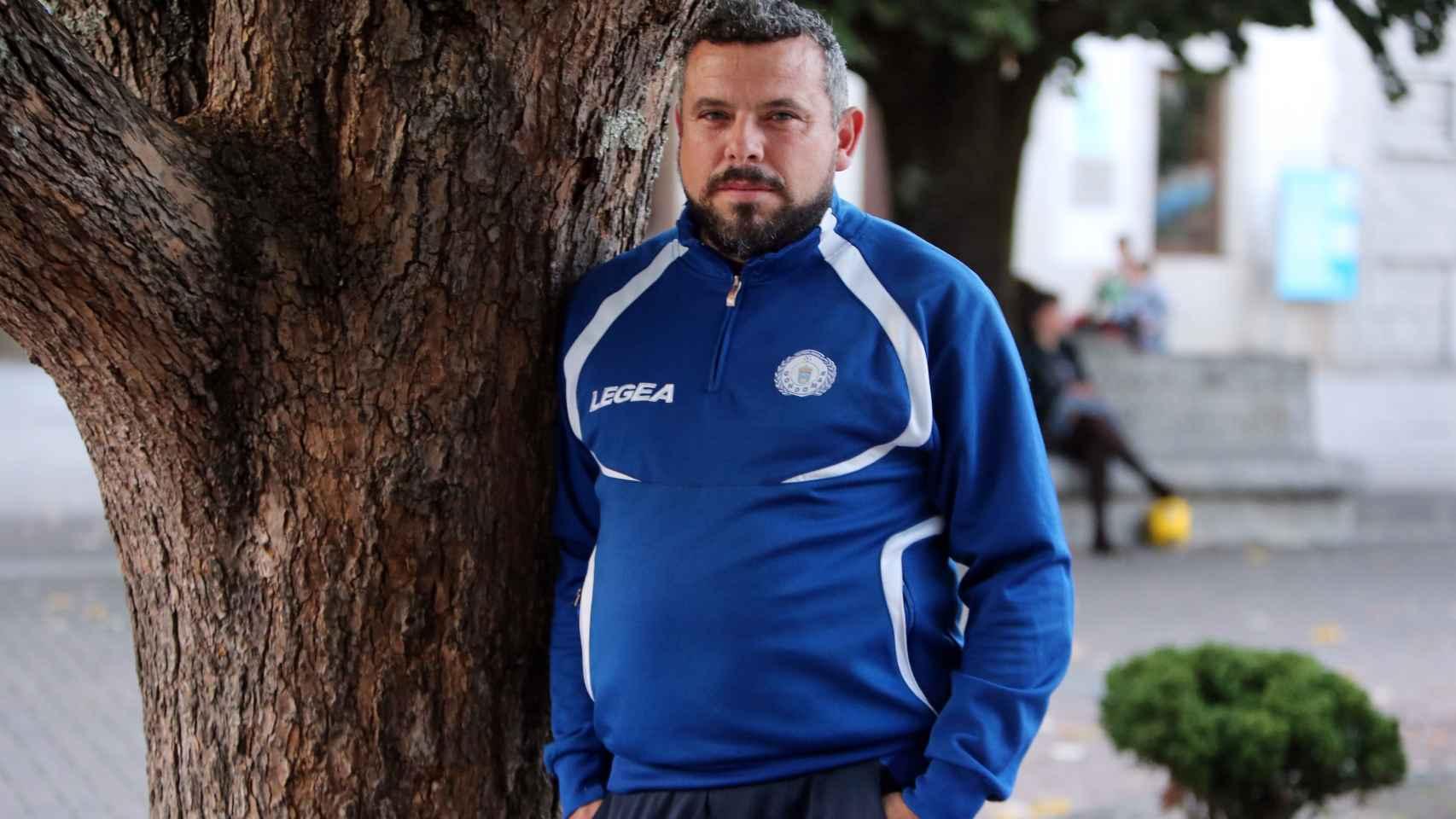 Emilio José Rodríguez (alias 'Romario'), entrenador del Gondomar Fútbol Base.