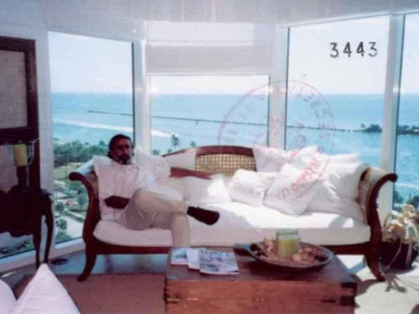 Correa en una de sus lujosas casas.