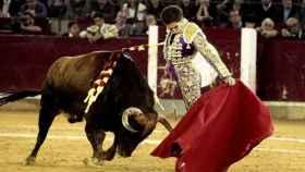 Ginés Marín con su segundo toro.