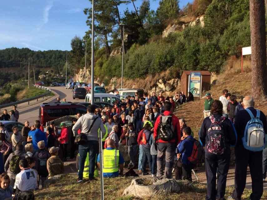Cientos de personas han colaborado en el pueblo en las labores de búsqueda