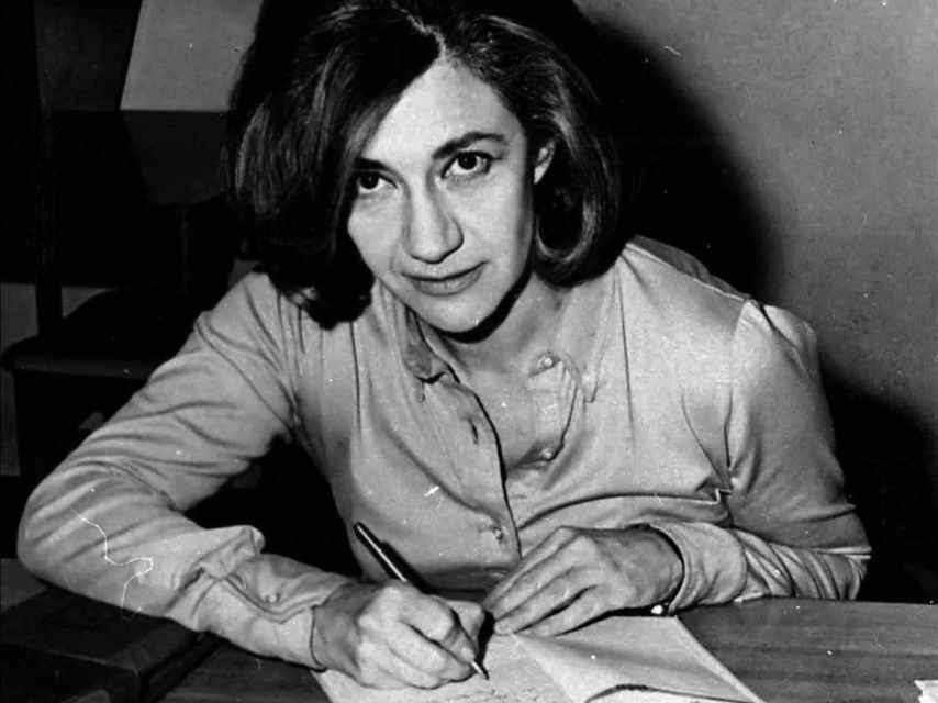Ana María Matute, autora de Luciérnagas, finalista en 1949 del Nadal y prohibida por la censura.