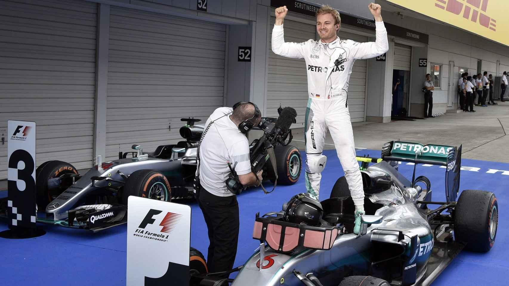 Rosberg celebra una victoria en el Mundial.