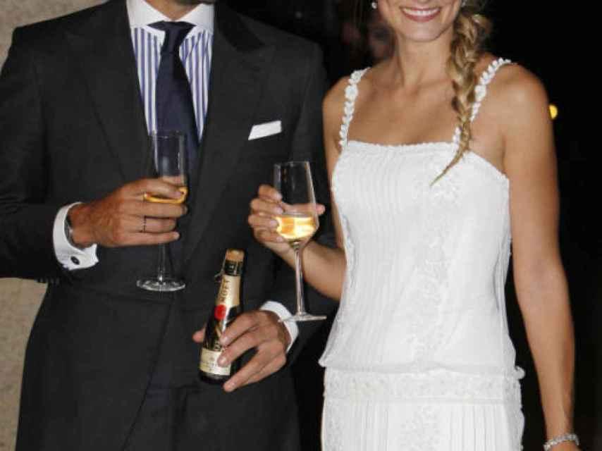 Feliciano López y Alba Carrillo se mostraban felices el día de su enlace en Toledo.
