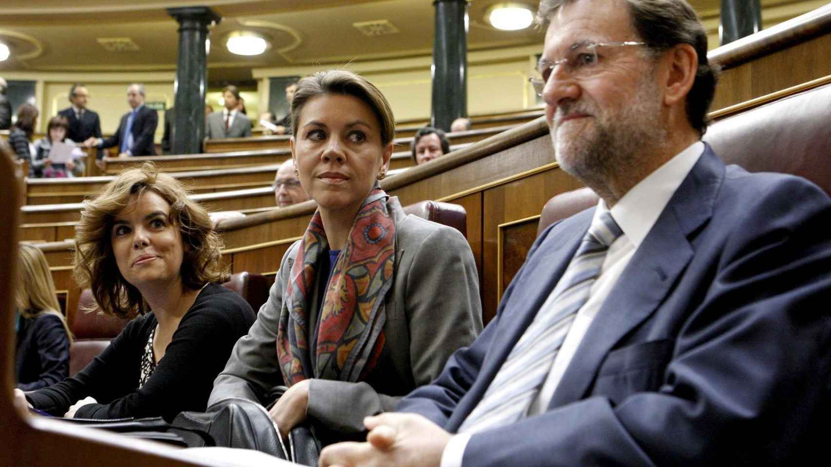 Mariano Rajoy, María Dolores de Cospedal y Soraya Saénz de Santamaría en el Congreso. /EFE