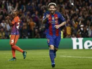 Messi celebra uno de sus goles al City.